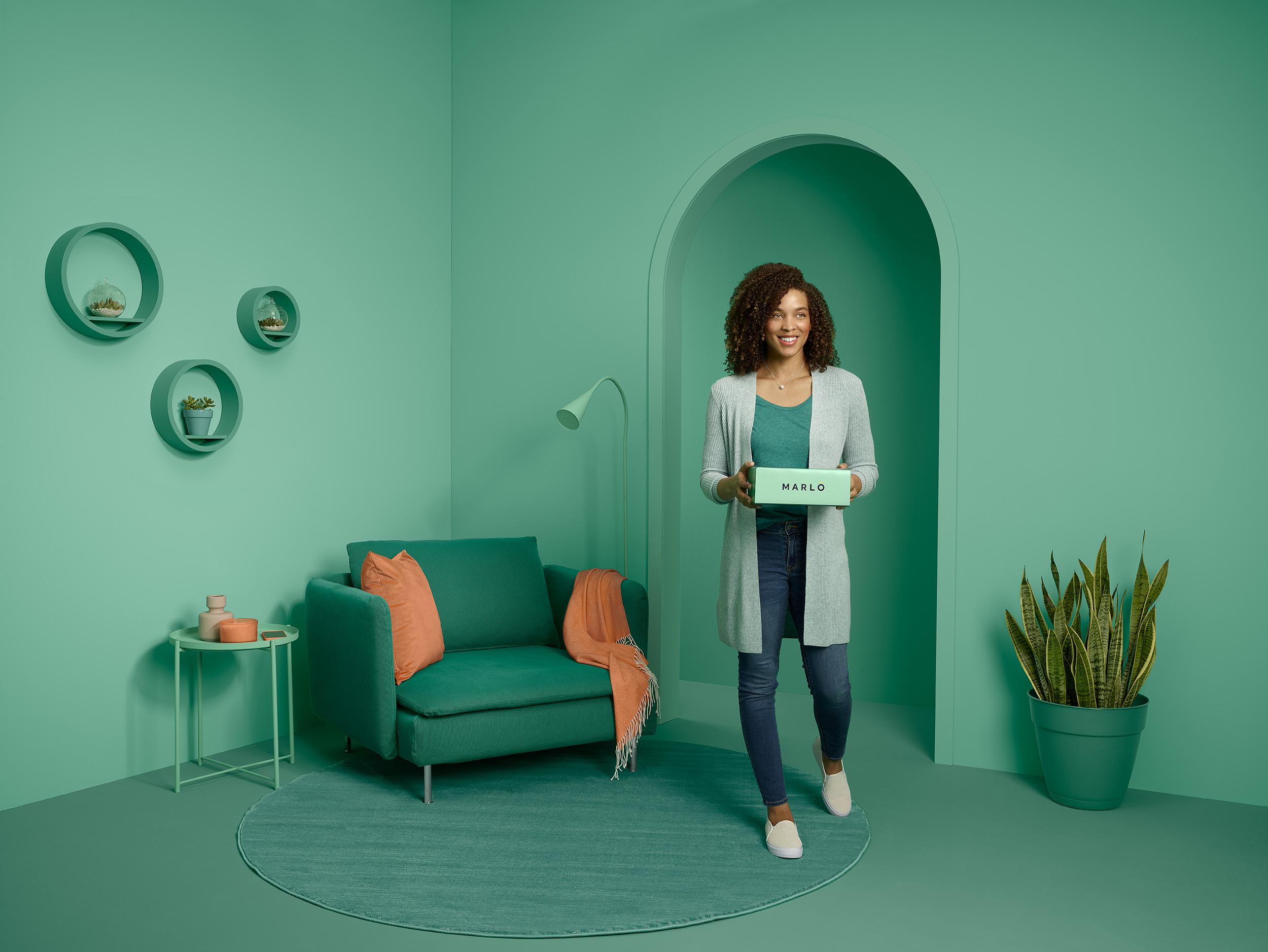 Marlo_Green_Female_HomeStanding_1661_02-sm