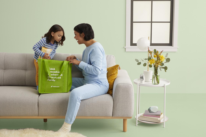 Instacart_Living_Room_General_Baby_Son_Green_Bag_Wide_9072_Green